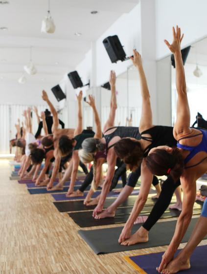 kobiece zajęcia yogi | Akademia ruchu