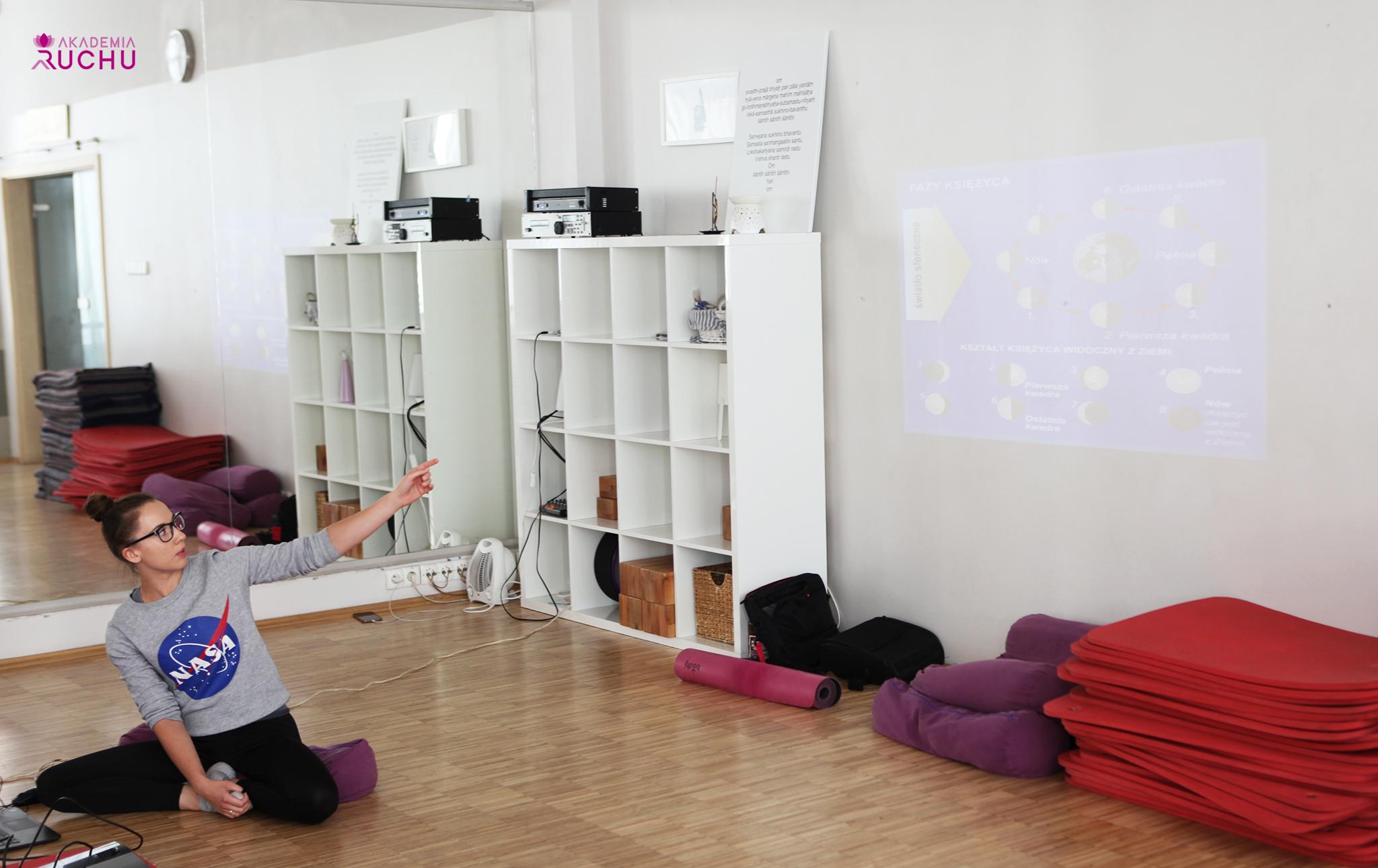 https://akademiaruchu.com.pl/wp-content/uploads/2019/11/3.jpg